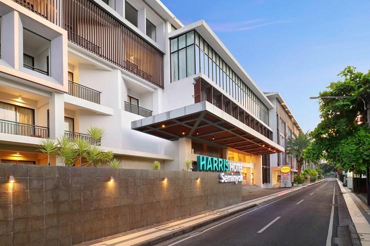 HARRIS Hotel Seminyak Bali - PROFILE PICTURE - FACADE