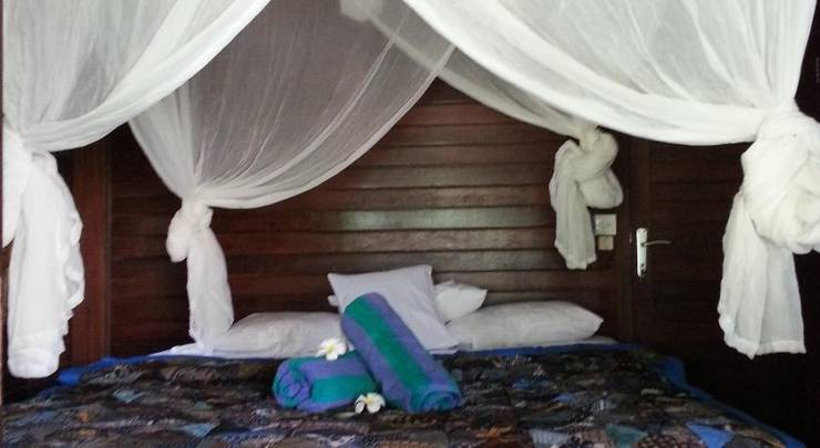 Adi Bungalow Bali - Kamar Tidur