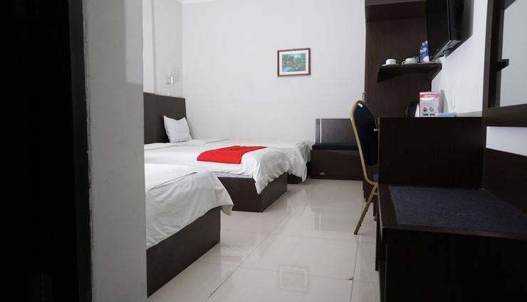 RedDoorz @Cihampelas 3 Bandung - Kamar Tamu