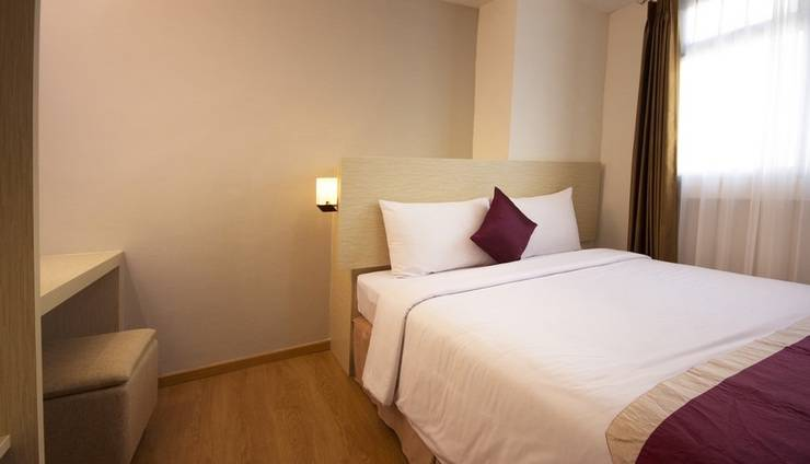 Gunawangsa Manyar Hotel Surabaya - Deluxe Business Family Two Bedroom