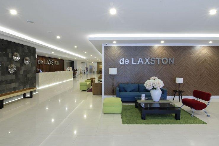 de Laxston Hotel  Yogyakarta - Lobby Sitting Area