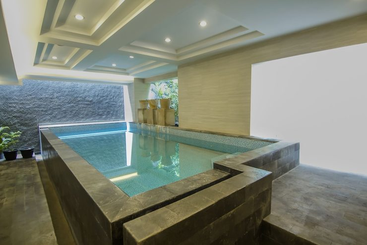 de Laxston Hotel  Yogyakarta - Indoor Pool