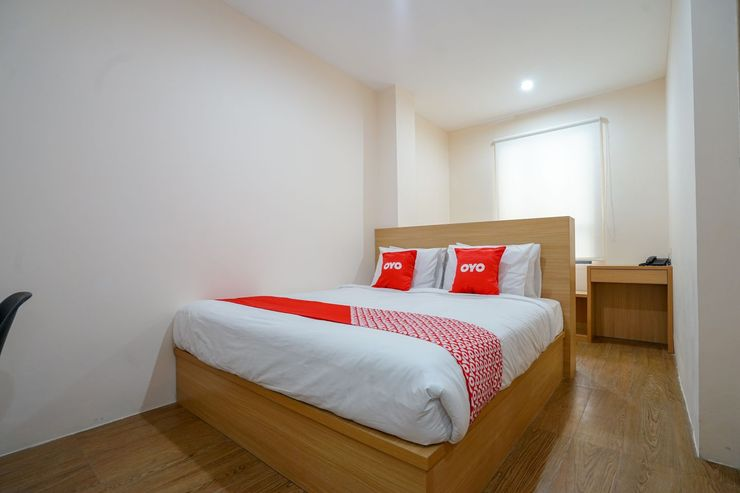 OYO 1574 U_xpress Hotel Palembang - Bedroom S/D
