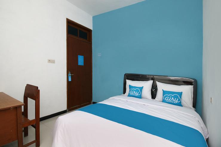 Airy Eco Syariah Rungkut Raya Medokan Sawah 28 Surabaya Surabaya - Double Room