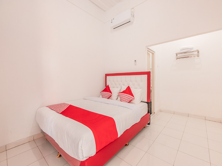 OYO Life 1322 Elegant Residence Jakarta - Bedroom