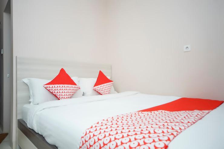 OYO 270 Madinah Residence Syariah Palembang - Bedroom