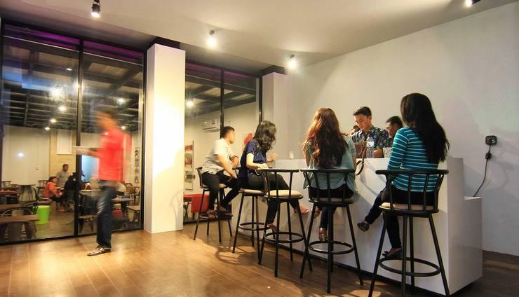 The Baliview Luxury Hotel & Resto Pekanbaru - bar