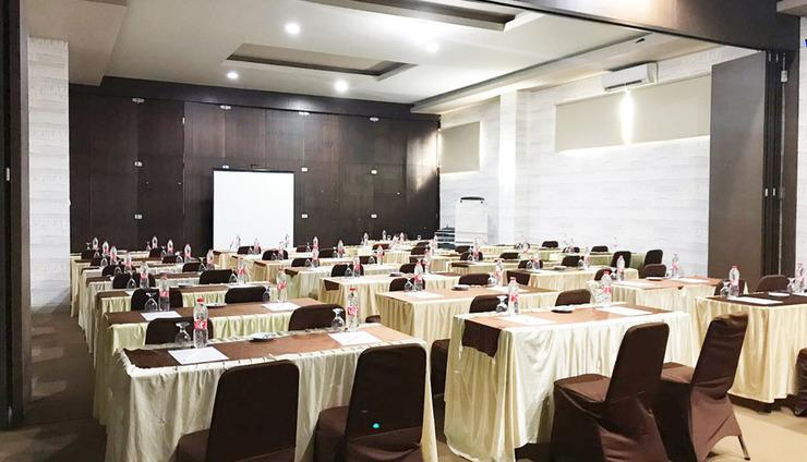 Best Skip Hotel Palembang - Meeting room