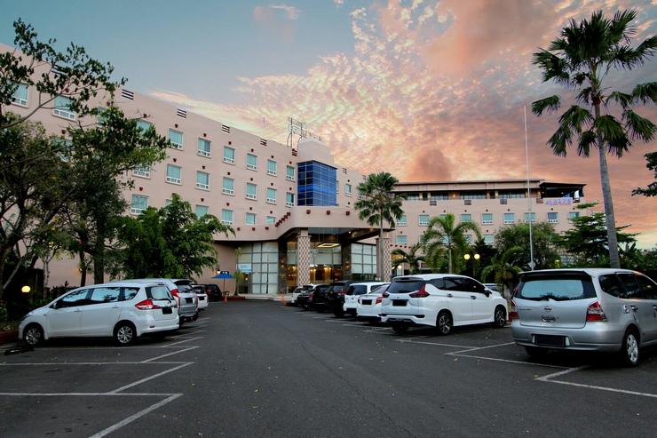 Forbis Hotel Cilegon Banten - GEDUNG