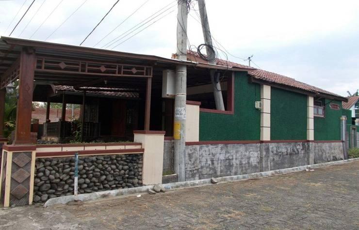 Jati Classic Homestay Banyuwangi - Exterior