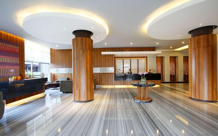 Hotel Santika Makassar Makassar - Lobby