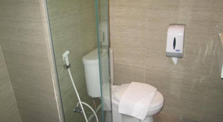 Salis Hotel  Setiabudi - Kamar mandi