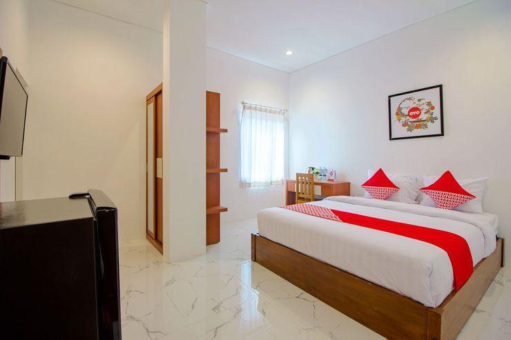 OYO 1319 88 Exclusive Guesthouse Yogyakarta - Bedroom
