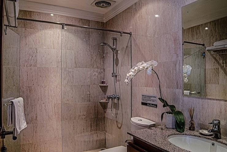 Sara Residence Bali - Bathroom
