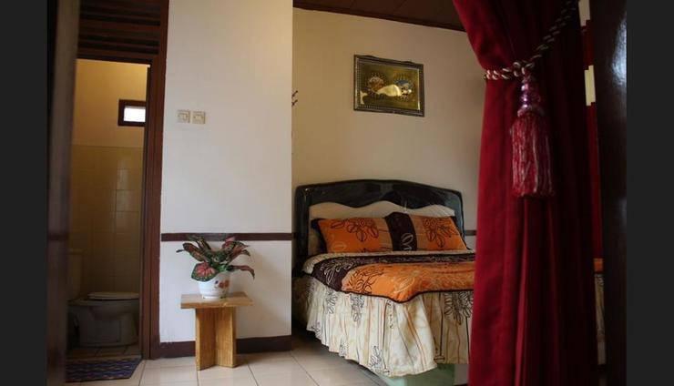 Villa Kota Bunga Widuri Cianjur - Guestroom