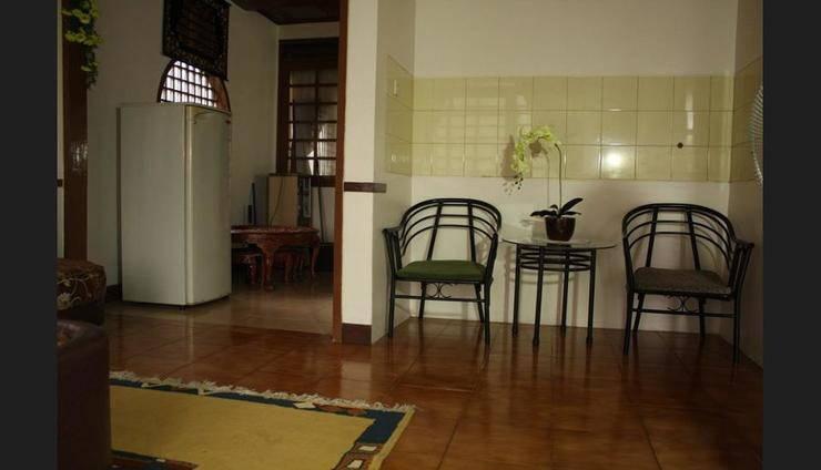 Villa Kota Bunga Widuri Cianjur - Living Area