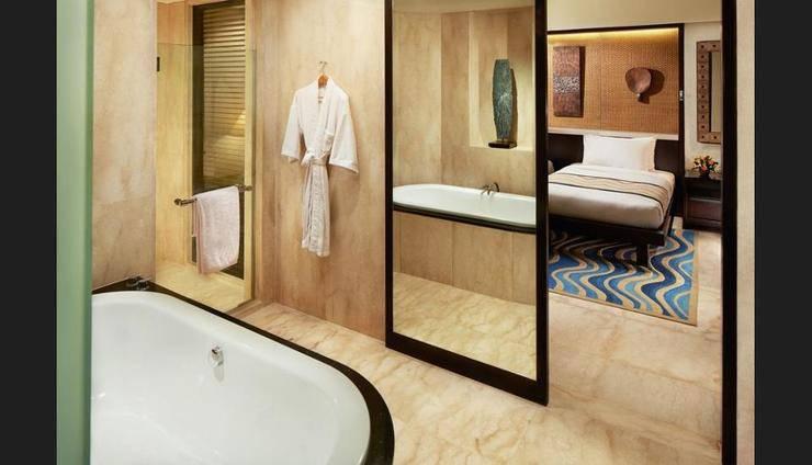 Conrad Bali - Bathroom