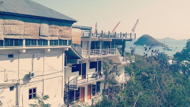 Pesona Restaurant and Room Manggarai Barat - Property Grounds