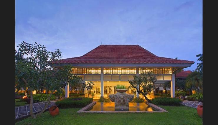 Bandara Hotel Tangerang - Featured Image