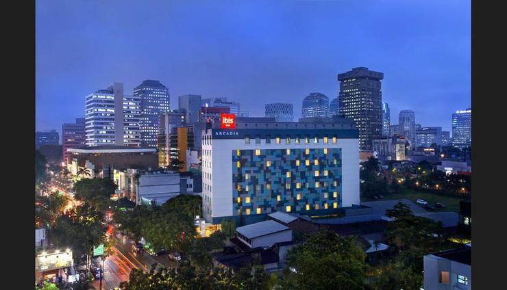 ibis Acradia Jakarta - Featured Image