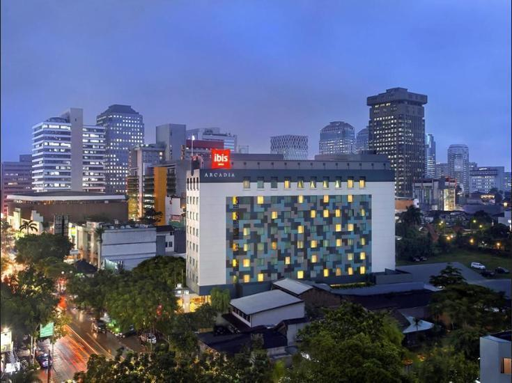 ibis Acradia Jakarta - Hotel Front