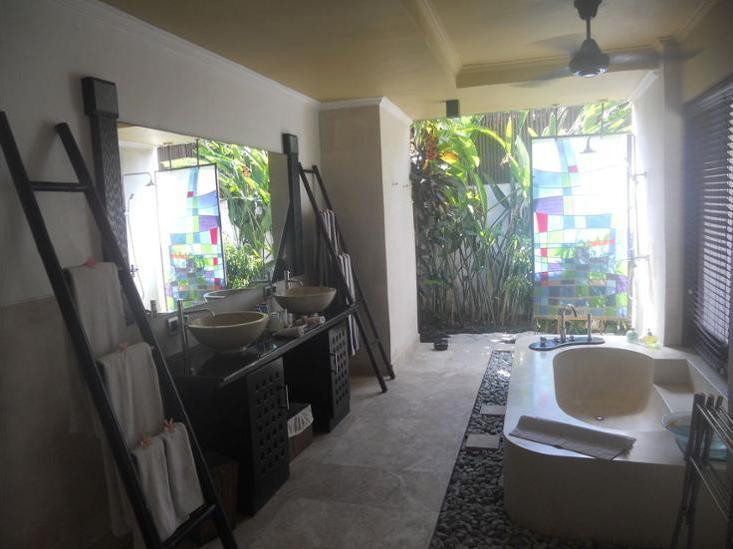 Nike Villas Bali - Bathroom