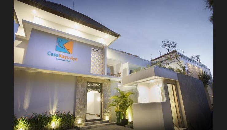 Hotel Casa Kayu Aya Seminyak - Featured Image