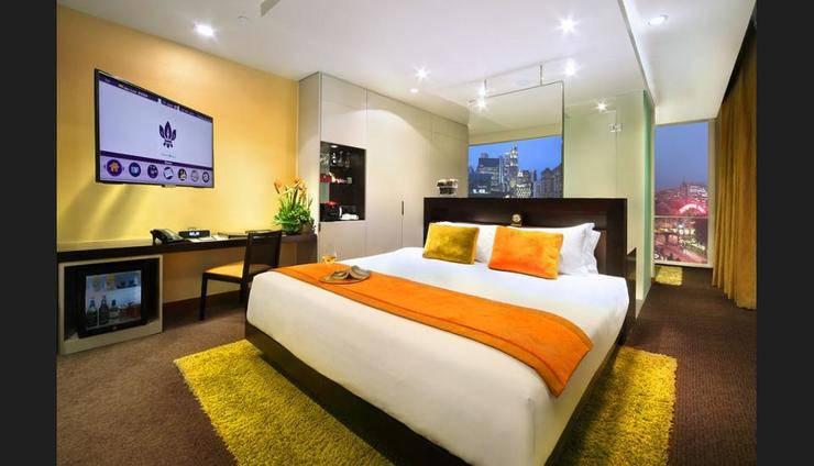 Park Regis Singapore - Featured Image