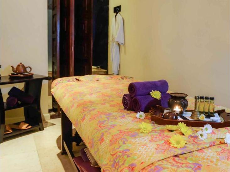The Phoenix Hotel Yogyakarta - Spa