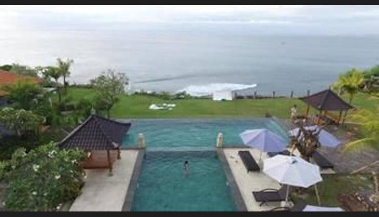 Uluwatu Cottage Bali - Featured Image