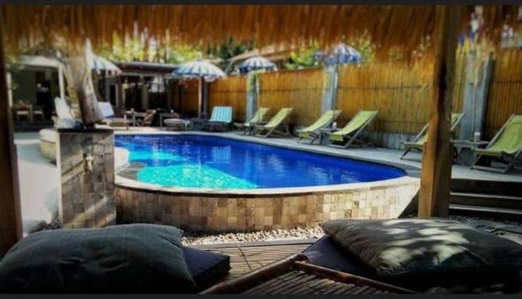 Karma Kayak Lombok - Outdoor Pool