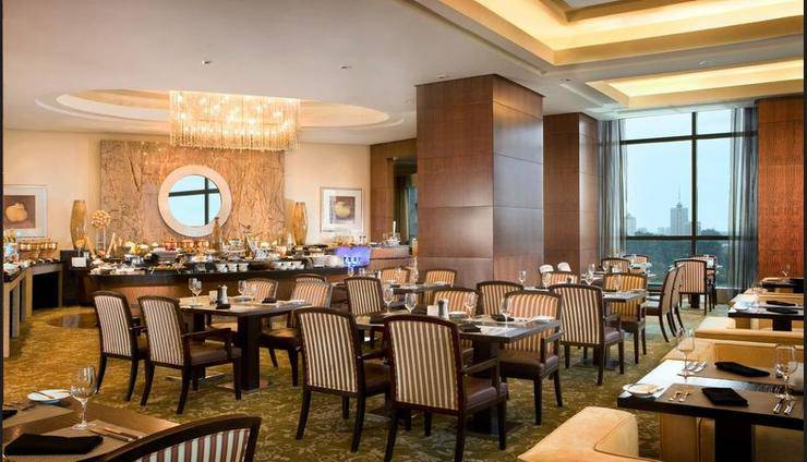 The Ritz-Carlton Pacific Place - Dining
