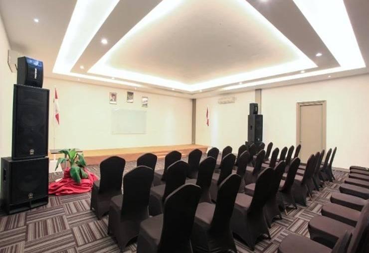 Citismart Hotel Pekanbaru - Ruang Rapat