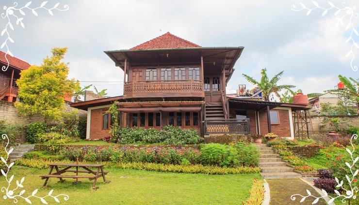 Rumah Kebun Wulan Lembang Bandung - Facade