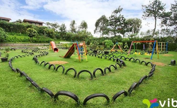 Villa Hosta Istana Bunga - Lembang Bandung - Taman Bermain Anak