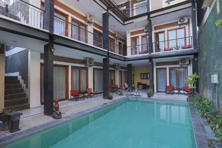 OYO 426 Hotel Gading Resto Near RSUD Kota Yogyakarta Yogyakarta - Swimming Pool