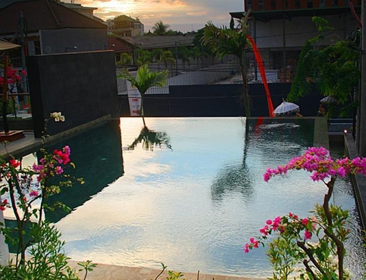 Edelweiss Boutique Kuta Bali - Kolam Renang