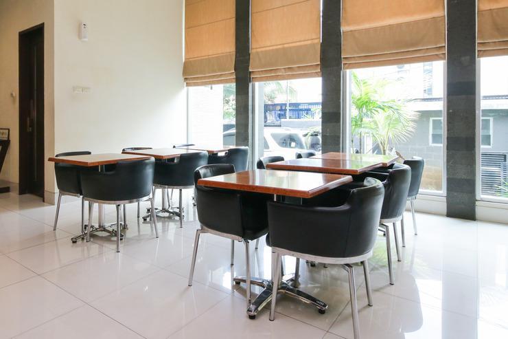 Airy Blok M Melawai Sepuluh 12 Jakarta Jakarta - Restaurant