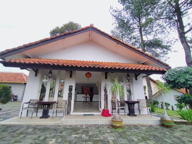 Athalia Resort Puncak -  Front Office
