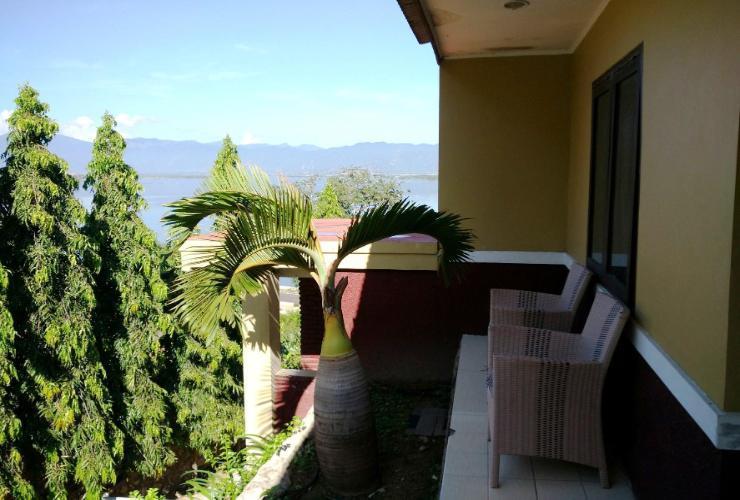 Kalaki Beach Hotel Bima - View