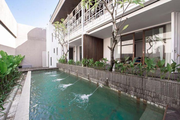 Pelangi 148 Beach Suites Bali - Pool