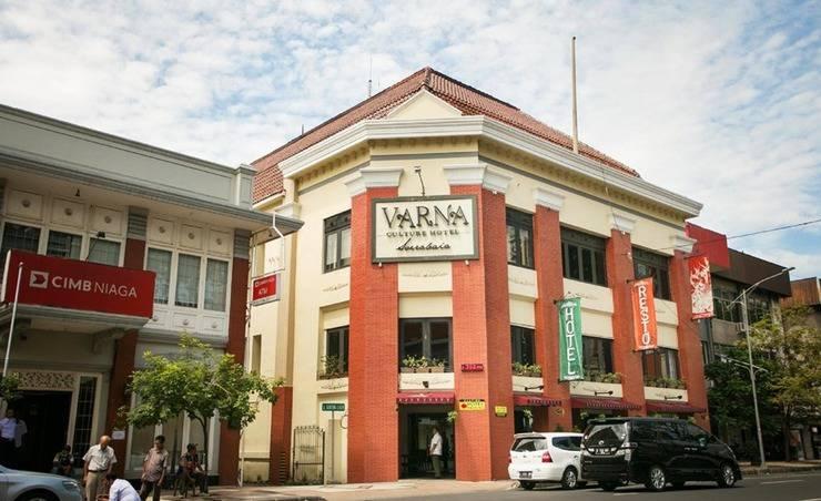 Varna Culture Hotel  Surabaya - Eksterior