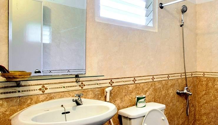 Margo Utomo Eco Resort Kalibaru - kamar mandi