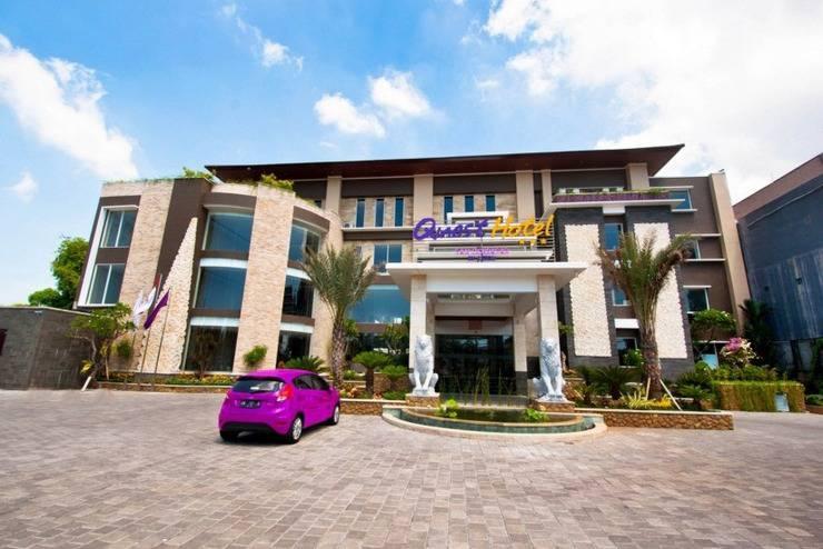 Quest San Hotel Denpasar - Facade