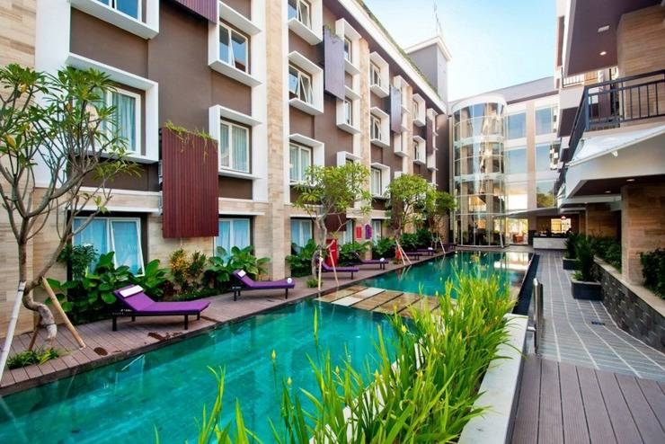Quest San Hotel Denpasar - Swimming Pool
