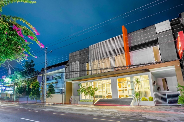 Prime Cailendra Hotel Yogyakarta - Exterior