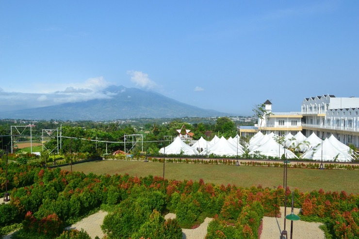 Chevilly Resort and Camp Bogor - View