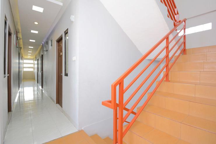 Airy Eco Stasiun Cimindi Budhi 29 Cimahi Bandung - Stairs