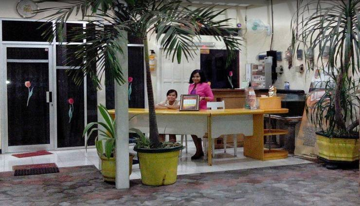 Ria Hotel Jember Jember - Reception
