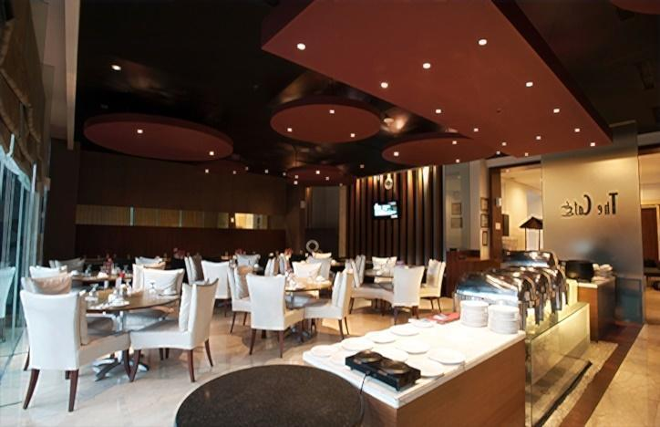 Grand Asia Hotel Jakarta - The Cafe